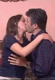 Türk Erotik Filmi Çapkın Emlak izle